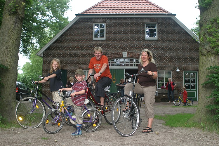 Bikes for cycling tours can be borrowed from us